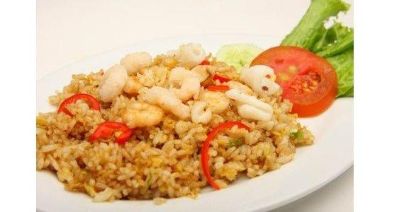 Pilihan Tepat untuk Mencoba Nasi Goreng Seafood di Medan