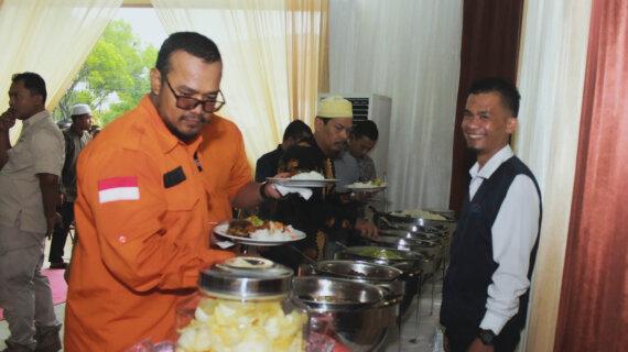 Adakan Acara Dengan Bahagia,Dan Jamu Tamu Seistimewa Mungkin Dengan Menyuguhkan Catering Terlezat Di Medan