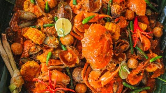 Viral! Menu Seafood Berantak Diserbu Banyak Orang