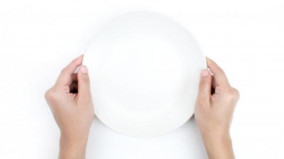 Apa Yang Isimewa Dengan Makan Tanpa Sendok?